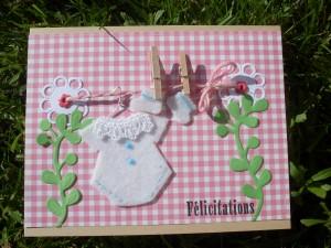 carte naissance fille dans félicitations naissance 2012-07-23-sem-4-etendre-son-linge-300x225